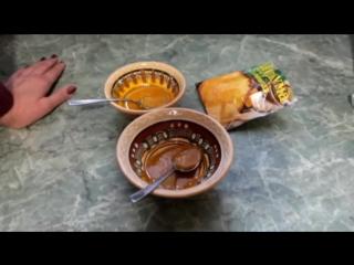 Рецепт от боли в горле и ангины из куркумы и мёда.