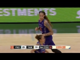 Brittney-Griner-posts-20-points-13-rebounds-vs-the-Stars.19.05.2017