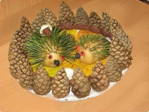 Поделка в детский сад на тему осень из природного материала