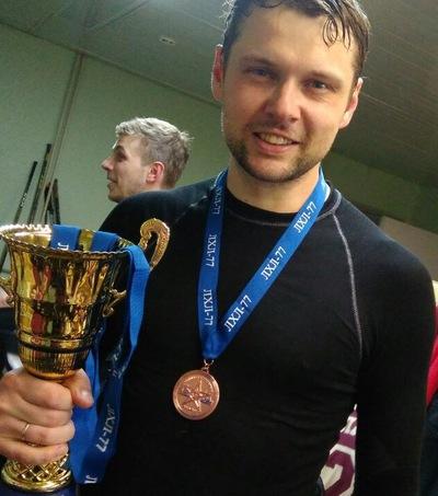 Станислав Головачев