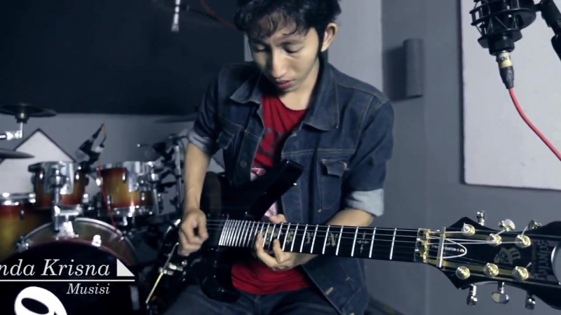 Karakinda Krisna - Review Schecter Synyster Gates Custom S Series_HD.mp4