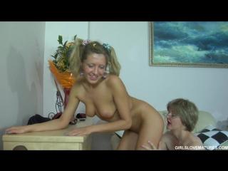 Мама и дочка, инцест, 18+, русское порно, секс, анал, частное, домашнее