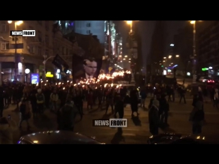 Неонацисты в Киеве проводят факельное шествие в «честь» Бандеры