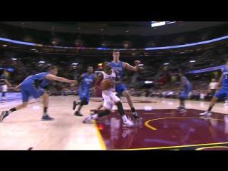 Kay Felder Attacks the Rim  Magic vs Cavaliers  October 5, 2016  2016-17 NBA Preseason