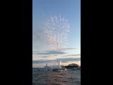 Фейерверк на Неве и парад светящихся парусов в честь окончания Балтийской яхтенной недели с борта яхты