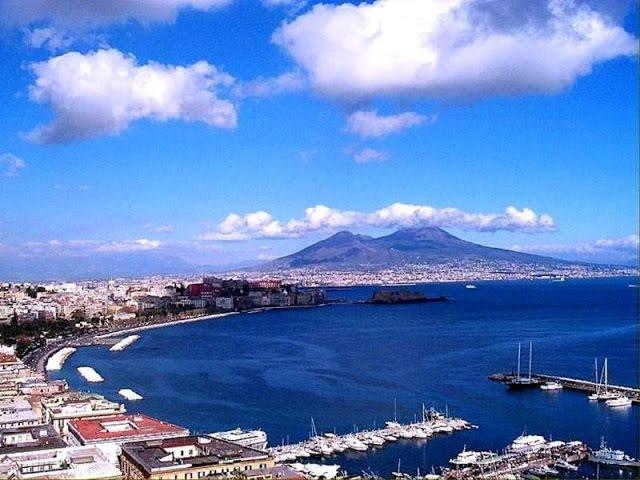 Их Италия   Девятая серия. Неаполь