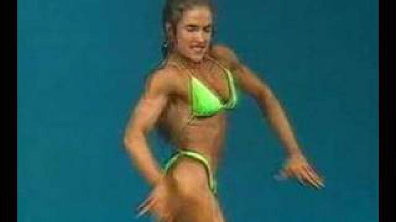 Young Muscle Babe - Martina Tomanova