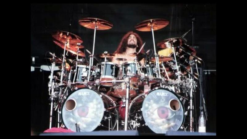 Top 10 Drum Solos in Rock in 90's 2000's