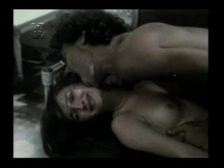 сексуальное насилие(изнасилование,rape) из фильма Bonitinha, Mas Ordinária 1981 год (Луселия Сантуш - рабыня Изаура)