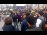 Оппозиционер Алексей Навальный был задержан сотрудниками правоохранительных структур столицы в самом центре Москвы, на Триумфаль