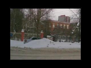 Пешеход убегает от инспектора ДПС Ижевск