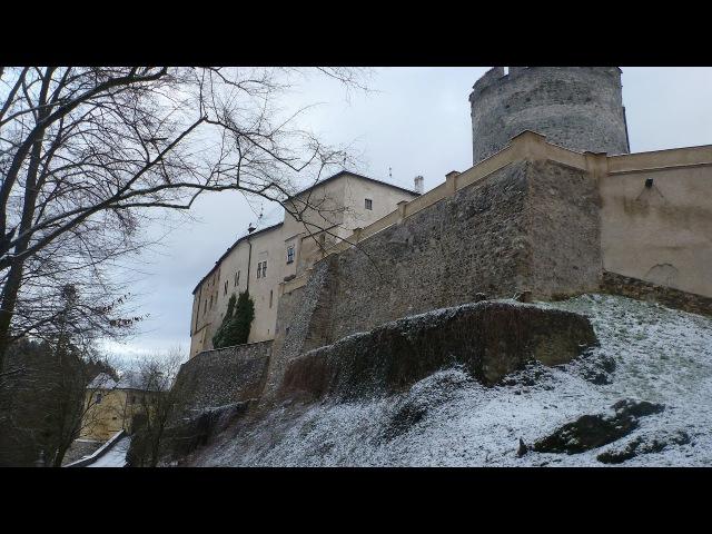 Чески Штернберк зимой / Вид из замка Чески Штернберк