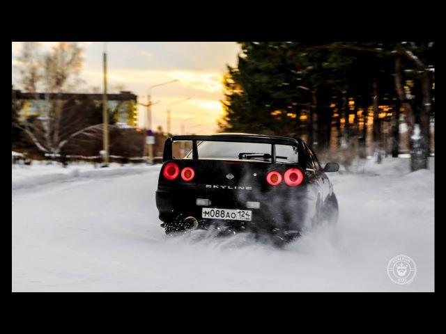 Nissan Skyline 34 почти GT-R