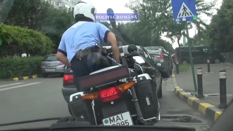 Cum incearca soferii sa fenteze normele rutiere in Bucuresti - filmare Politia Rutiera