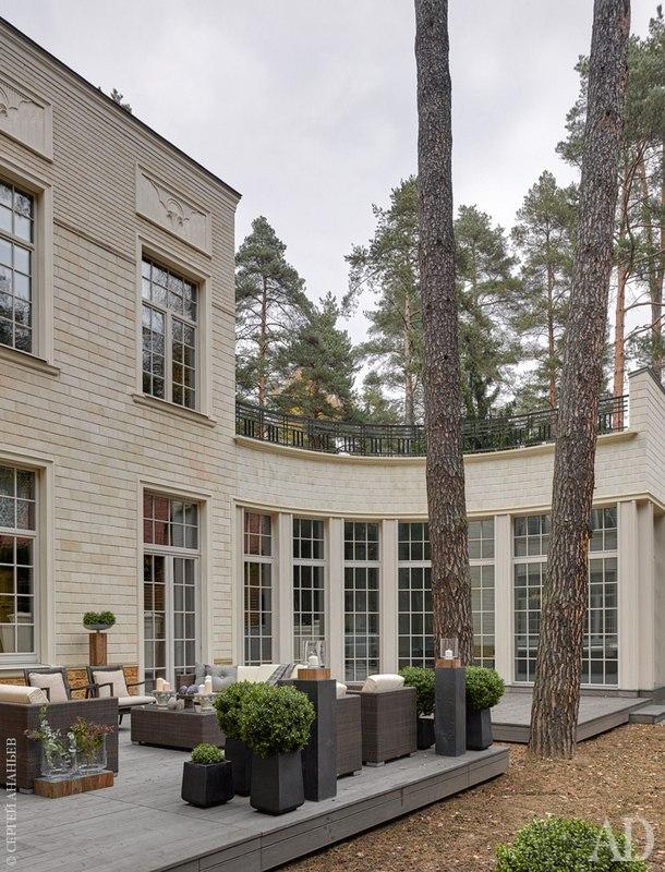 Дом в Подмосковье, 600 м²
