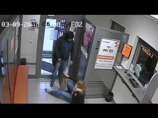 Обанкротившийся бизнесмен в образе Стаса Михайлова ограбил банк в Казани