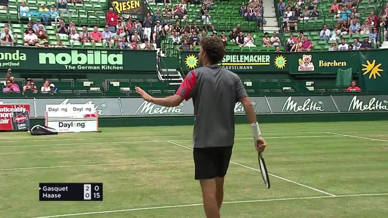 Incredible Robin Haase trickshot winner! | Halle 2017 Quarter-Final