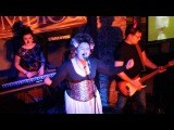 Ksenia Win Groove Syndicate - Seven nation army (White stripes cover)