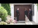 Скандал в благородном семействе нарастает детей скончавшегося канцлера Германии Г Коля не пускают в дом проститься с отцом