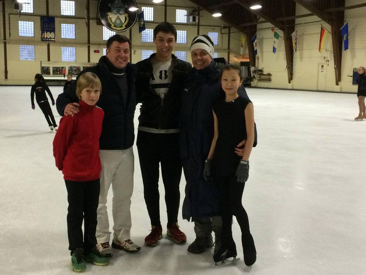 Брайан О́рсер / Brian Orser & Toronto Cricket Skating Curling Club - Страница 3 DZ05equF2Gc