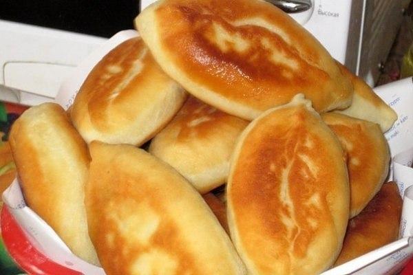 Пирожки с картошкой Ингредиенты: - 0,5 литра кефира