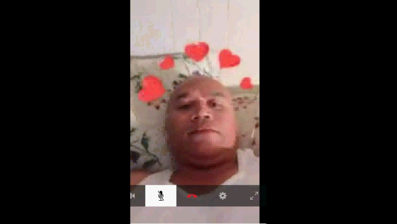 Mr Darrell Kaleli Araujo This mastube in cam in front of a girl of 7 years what shame for him and his Family