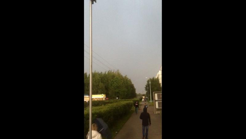 За 3 минуты и дождь с градом)