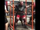 Эндрю Херберт, приседания 370 кг на 2 раза