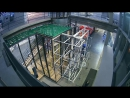 Time-lapse монтажа инсталляции Ирины Кориной «Хвост виляет кометой»