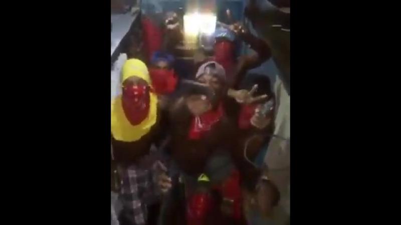 Заключенные панамской тюрьмы