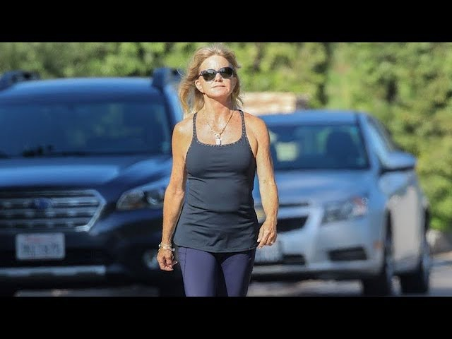 Ageless Beauty Goldie Hawn Soaks Up The Sun During Afternoon Jog