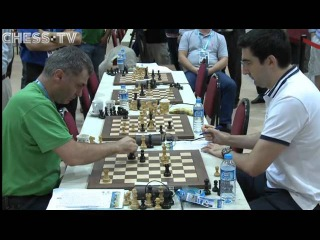 The Great Vasily fears losing on time or what? [Ivanchuk - Kramnik, Istanbul 2012]