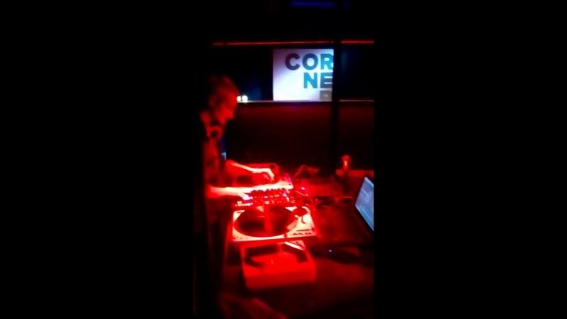 DJ Moff cornerplace 1 04