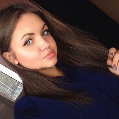 Аня Новилова