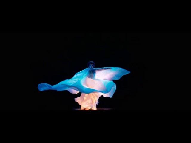 Soko - Loïe Fuller - Extrait La Danseuse.