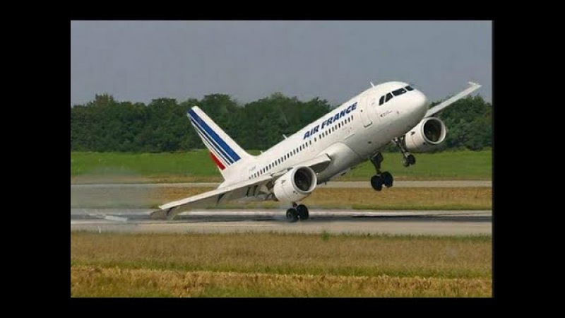 Scary Cross-Wind Plane Landings with LOL Sound Effects » Freewka.com - Смотреть онлайн в хорощем качестве