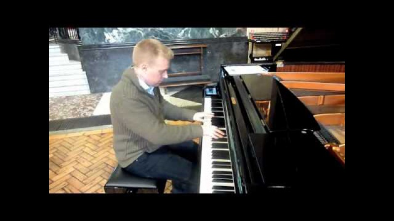 Oliver Lallemant improvises Blue Moon by Richard Rodgers