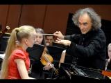 В.А.Моцарт, Концерт № 20 для фортепиано с оркестром,  УМК, солистка С.Меньшикова, дирижер Миша Кац