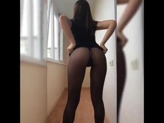 Телка шалит пока муж на работе (Girls Teen Boobs Tits Секс Порно Попка Сиськи Грудь Голая Эротика Трусики Ass Соски 1080)