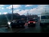 Видео с места утренней аварии на мосту по ул. Дзержинского