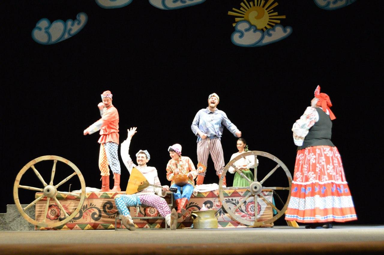 Драмтеатр Тирасполь  11 июня в 10:00 спектакль Театра