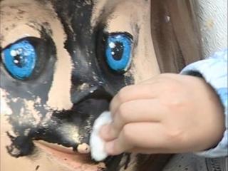 Вандалы изуродовали фигуры в миасском сквере «Берегиня»