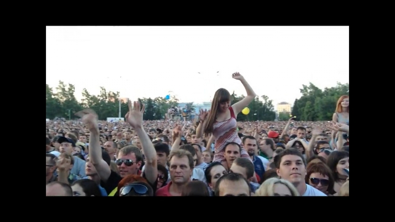 Red Rocks Tour 2013 - Barnaul. Tolpa).720