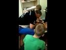 Учатся ребятки гончарному делу Мастер класс ведет гончар педагог Александр Михайлович Гордиенко