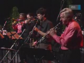 Just a Closer Walk with Thee.BENKO DIXIELAND BAND.