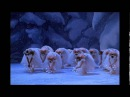 Waltz of the Snow Flakes in Balanchine´s The Nutcracker The NYC Ballet