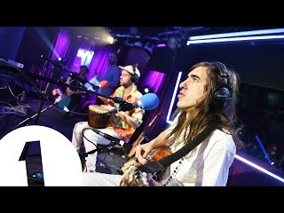 Crystal Fighters - Cold Water (Major Lazer Cover) in the Live Lounge