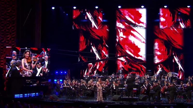 KATICA ILLÉNYI - Waltz from 'Ziemia Obiecana' (Wojciech Kilar)
