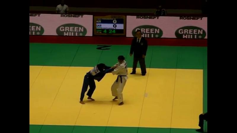 - 2010_WCS_TOKYO_63kg_P3_YUSUBOVA_Ramila_AZE_CHEPURINA_Svitlana_UKR