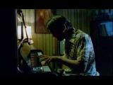 Ной - белая ворона. В пианино нет музыки.